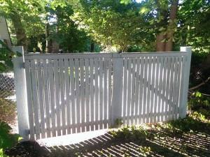 Värav, värava ehitus, aia ehitus, aed, valge aed, puitaed